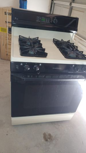 Free Gas Stove for Sale in Georgetown, TX