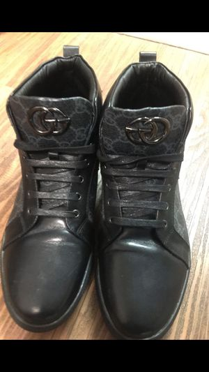Size 11 Gucci causal shoes like new for Sale in Washington, DC