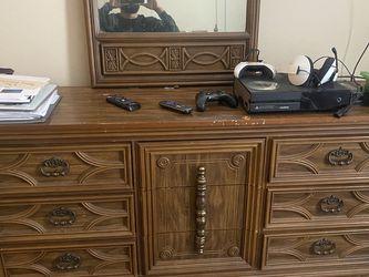 Queen Bedroom Suit for Sale in Nashville,  TN