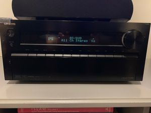 Onkyo Receiver and Polk surround sound for Sale in Miami, FL