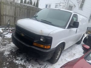 2006 Chevy express for Sale in Cleveland, OH