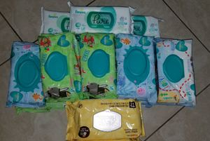 Pamper baby wipes for Sale in Oakland Park, FL