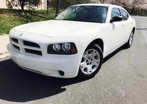 2007 Dodge Charger + Priced Below Value + keyless entry for Sale in South Kensington, MD