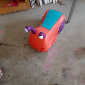 Snail Push And Ride Toddlers Toy. for Sale in Woodruff, SC