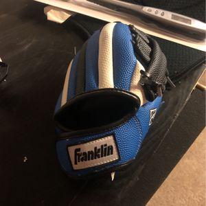Kids Baseball Glove for Sale in Seattle, WA