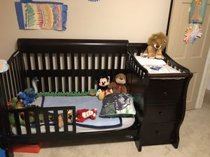 Crib/Toddler Bed for Sale in Baltimore, MD