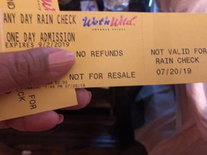 Wet n wild 4 tickets for Sale in Raleigh, NC