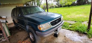 1998 ford explorer XLT 4x4 for Sale in Beaumont, CA