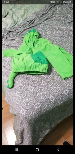 Carter 24month green dragon costume for Sale in Northlake, IL