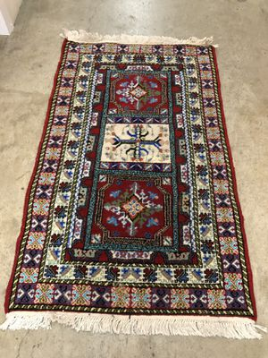 3 x 5' Moroccan Throw Rug for Sale in Santa Monica, CA