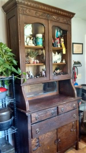 Antique Hutch for Sale in Bowling Green, MO
