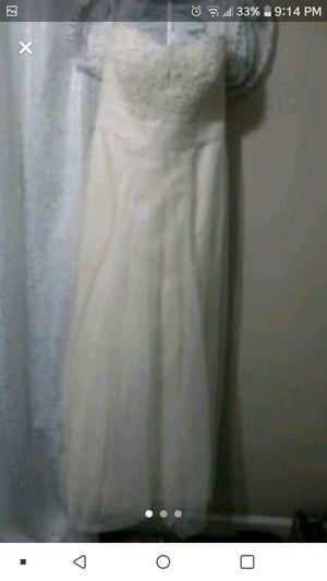 Davids Bridal Wedding Dress for Sale in Fall Branch, TN