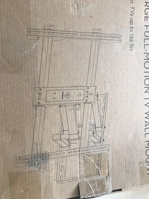 "40-65"" LARGE TV MOUNT ( WITH HDMI CABLE) for Sale in Portland, OR"
