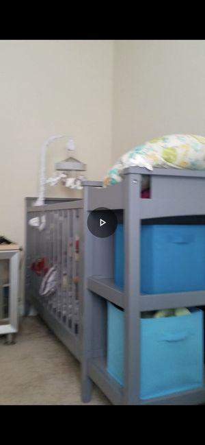 Baby crib for Sale in Woodstock, GA