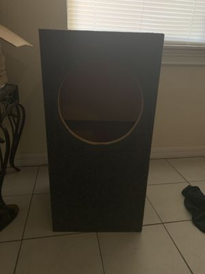 Single 12inch speaker box for Sale in Tampa, FL