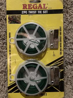 Regal 2pc Twist Tie Set for Sale in Normal,  IL
