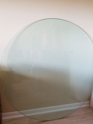 """4 foot round 3/4"""" thick glass. for Sale in Deerfield Beach, FL"""