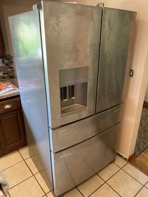 Whirlpool Refrigerator WRX735SDBM04 for Sale in Canonsburg, PA