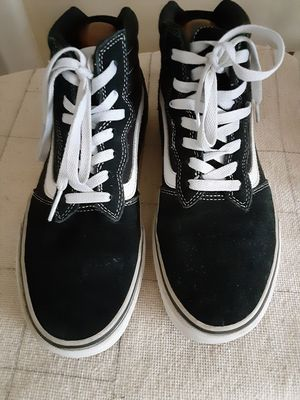 Men Suede Toe High Top Van's Off The Wall Sneakers Size 10 for Sale in Milford, MI