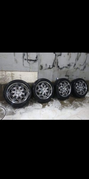 Rims size 22 low profile. Off of 05 yukon. Text or call me. {contact info removed} for Sale in Idaho Falls, ID