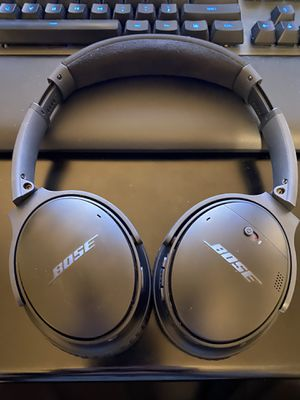 Bose QuietComfort 35 noise cancelling headphones for Sale in Plano, TX