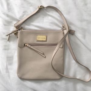 Tommy Hilfiger Crossbody Purse for Sale in Denver, CO