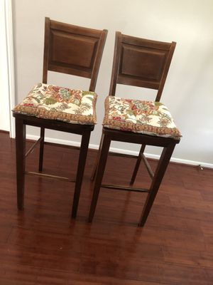 Wooden bar stool chairs for Sale in Stafford, TX