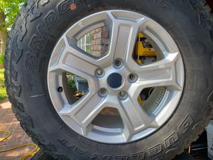 Jeep Wrangler Bridgestone 245/75R17 Dueler A/T Set Of 5 Wheels & Tires for Sale in Los Angeles, CA