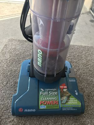 Hoover nano cyclonic compact bagless vacuum cleaner for Sale in Monterey Park, CA