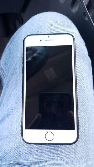 iPhone 6 32 gb for tracfone for Sale in Nashville, TN