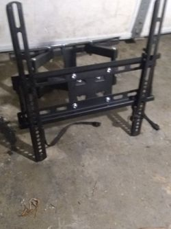 Extendable Tv Wall Mount for Sale in Kent,  WA