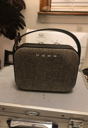 Hanna goods Bluetooth speaker for Sale in Colonial Heights, VA