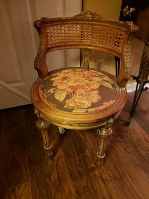 Antique chair in Coconut Springs for Sale in Delray Beach, FL