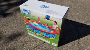8 FOOT SPRAY POOL for Sale in Quincy, MA