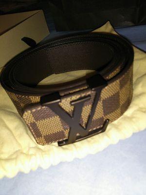 Mens Louis Vuitton belt for Sale in Chicago, IL