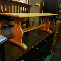 Oak Bench - Delivery Available for Sale in Tacoma,  WA