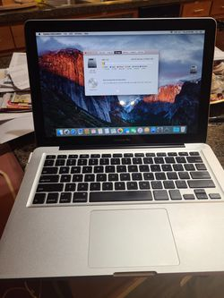 2010 13 Inch Macbook for Sale in Milwaukie,  OR