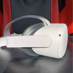 Oculus Quest 2 for Sale in Amherst,  VA
