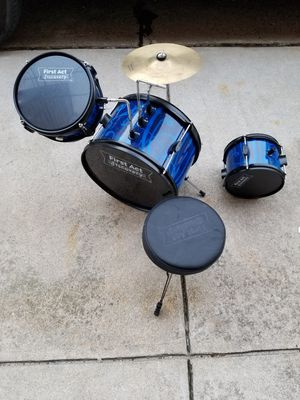 Drum set small for kids for Sale in Philadelphia, PA