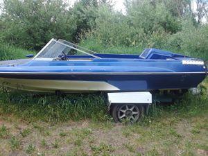 Glastron fiberglass ski boat for Sale in Ellensburg, WA