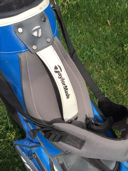 TaylorMade SLDR Stand Carry Bag Black/Blue/White Tuned Distance for Sale in Fresno,  CA