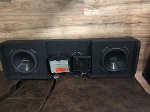 Stereo system for Chevy Silverado for Sale in Fort Worth, TX