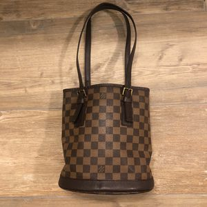 Louis Vuitton Damier Bucket PM Bag for Sale in Mableton, GA