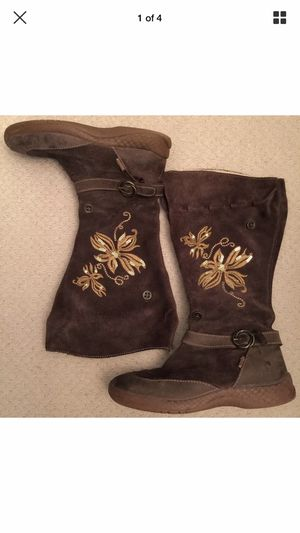 Primigi girls boots size 27. TRADE OFFERERS WILL BE REPORTED AND BLOCKED for Sale in Shoreline, WA