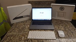 MacBook Pro 13 inch 2016 Ram 8Gb for Sale in Delray Beach, FL