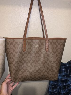 Super cute purses for Sale in Oakley, CA