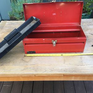 """Vintage Red 19"""" Metal Toolbox 🧰 The Challenger for Sale in Vista, CA"""