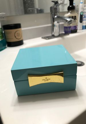 Kate Spade jewelry box for Sale in Austin, TX