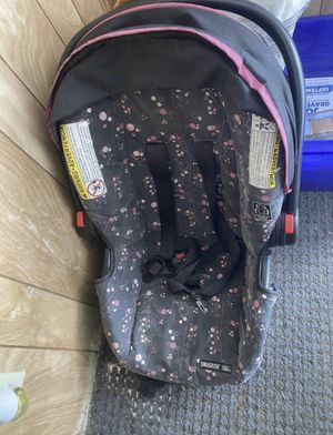 Baby car seat used for Sale in Chelsea, MA