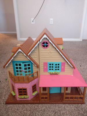 Li'l woodzeez doll house. Like new! for Sale in Westminster, CO